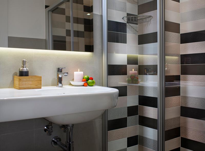 La doccia della camera matrimoniale di VivereNumana