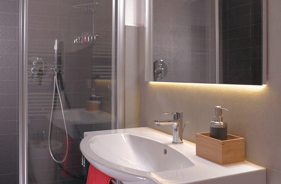 Il bagno della camera matrimoniale superio di VivereNumana