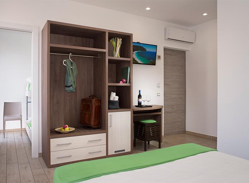 L'armadio della camera quadrupla di VivereNumana